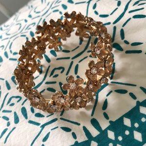 Good flower bracelet
